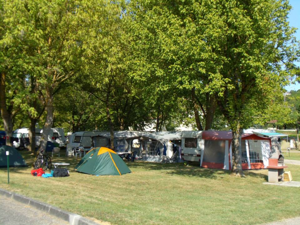 Avis sur camping municipal saint jean camping montcuq - Camping municipal saint jean pied de port ...